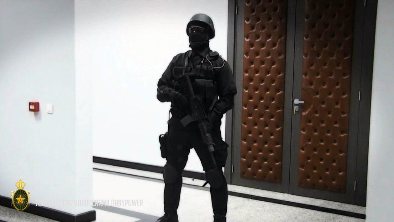 Moroccan Special Forces/Forces spéciales marocaines  :Videos et Photos : BCIJ, Gendarmerie Royale ,  - Page 2 6TsUIfiaYgE