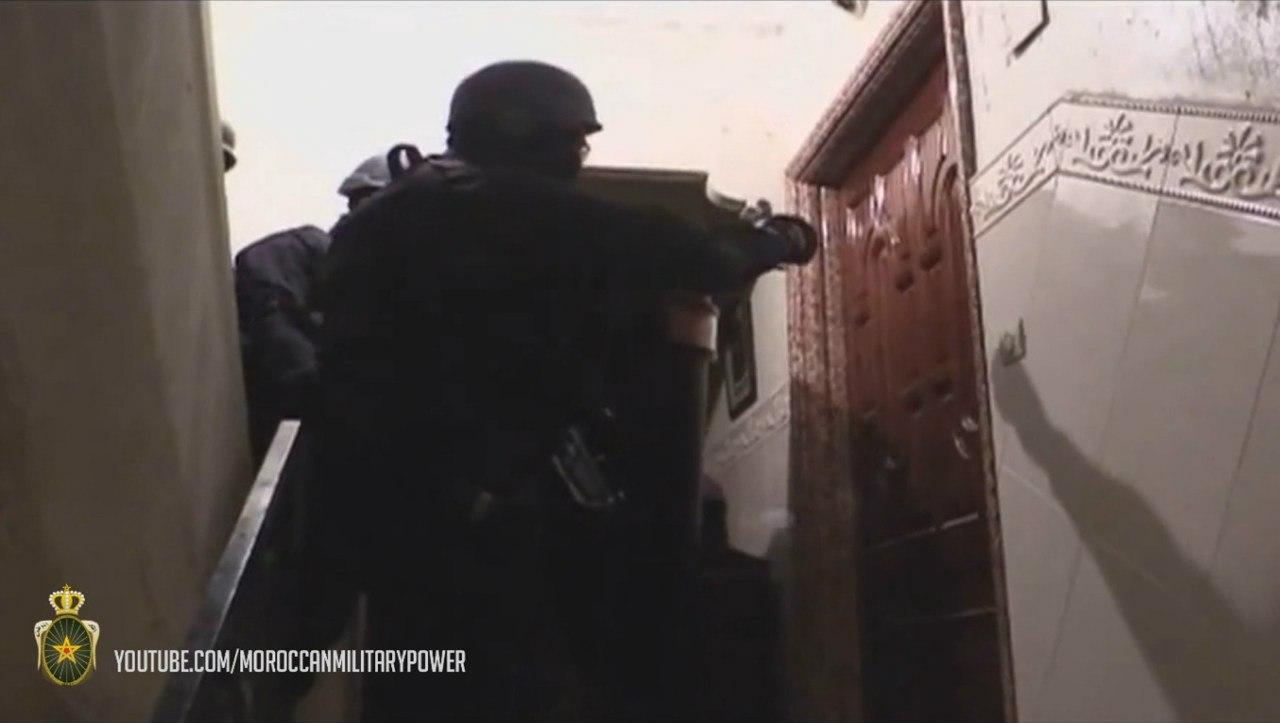 Moroccan Special Forces/Forces spéciales marocaines  :Videos et Photos : BCIJ, Gendarmerie Royale ,  - Page 2 EM3ooWD022Y
