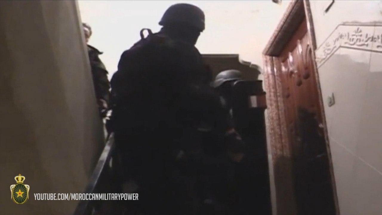 Moroccan Special Forces/Forces spéciales marocaines  :Videos et Photos : BCIJ, Gendarmerie Royale ,  - Page 2 541F_yr42QM