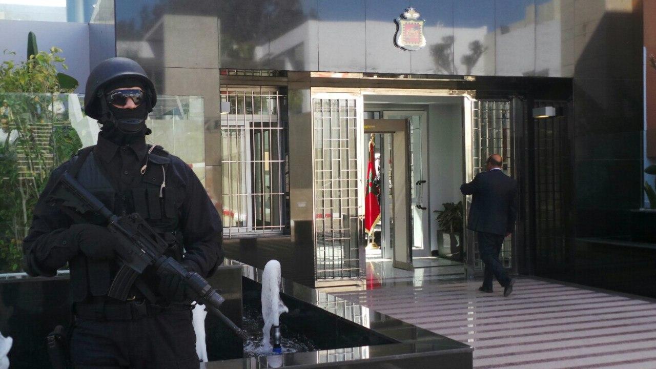 Moroccan Special Forces/Forces spéciales marocaines  :Videos et Photos : BCIJ, Gendarmerie Royale ,  - Page 2 7lWMVF2xizM