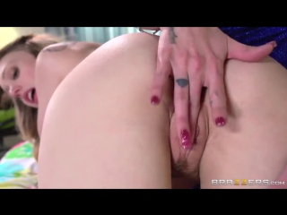 MomsInControl.com-Brazzers.com- Joslyn James & Lucy Tyler - Fuck Three Times On The Ceiling If You Want Me (2015).mp4