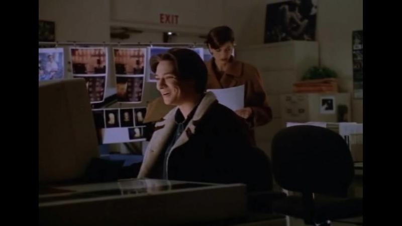 Немного о фотомонтаже 90-х (отрывок из сериала Лоис и Кларк: Новые приключения Супермена)