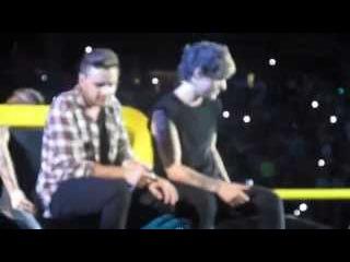 One Direction - Little Things - Winnipeg, MB - July 24 2015 - OTRA