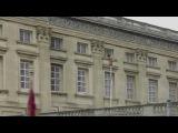 Crazy Buckingham Palace naked man video!!!