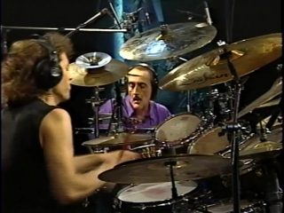 DAVE WECKL, WALFREDO REYES Senior - Drums & Percussions Working it Out (Part 1)