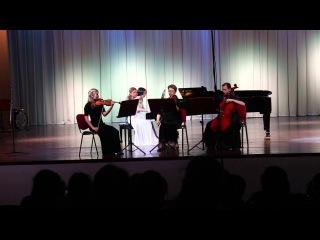 Хуатин Турино Пэрэс.Квартет для фортепиано, скрипки, альта и виолончели ор.67 1 и 2 части.
