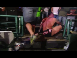 [#My1] John Cena and Randy Orton brawl outside the ring: Raw, Jan., 20, 2014