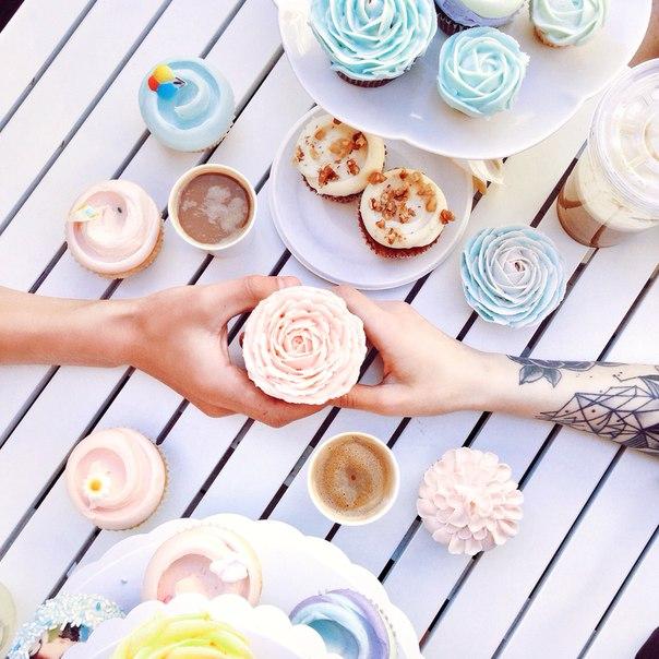 Время ярких эмоций, нежных десертов - это время для Magnolia Bakery!