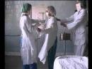 одевания халата в операционной Dressing gown clothing in the operational