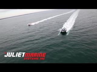 Новый скоростной катер на подводных крыльях США