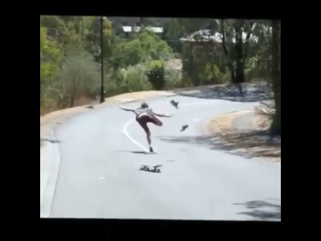 "@thebesttricks on Instagram: ""@skatecanal @thebesttricks like👍 Ohh my god!!no..no..no🙊✋😲hahaha 👊😨🎶🎵🎼😂😂⚠⚠ skate skateboarding skateboard skatestreet skatelife…"""
