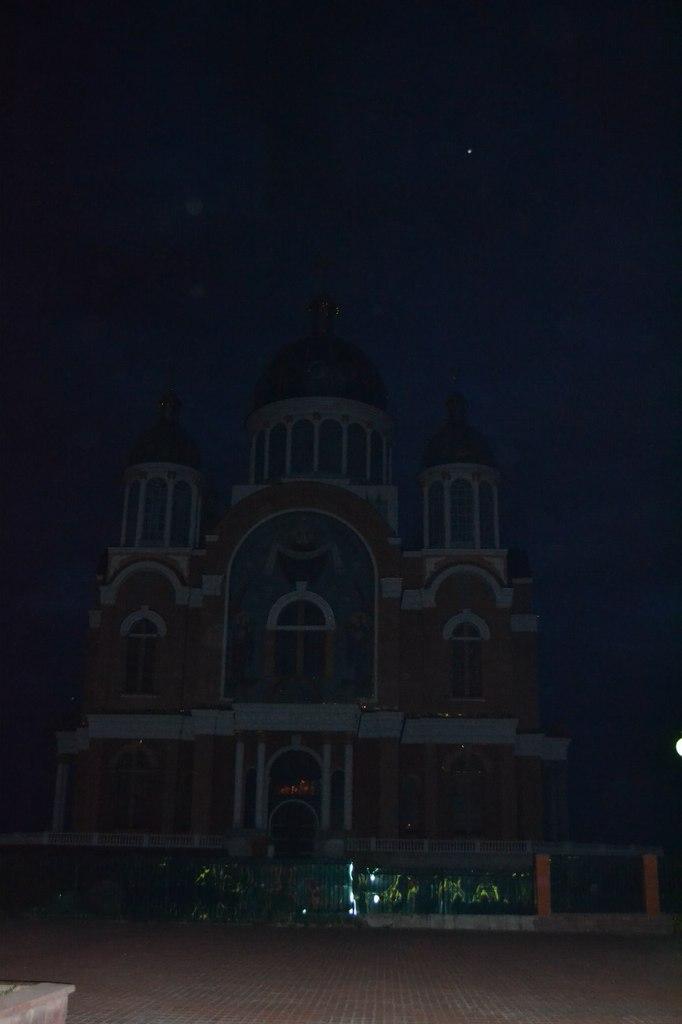 Украина. Киев. Оболонь. 18 августа 2015 г. Елена Руденко GktgBNJ4pZ0