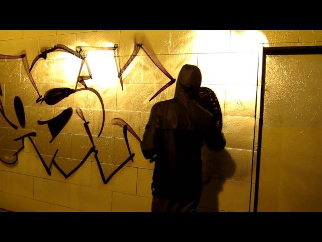 Rasko Bombing Chrome painting Graffiti