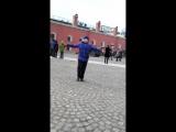Пушка Петропавловской крепости стреляет