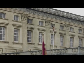 Naked man at Buckingham Palace