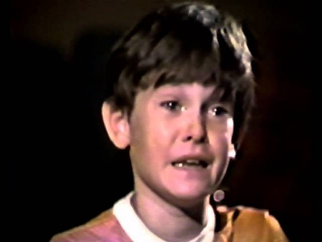 Henry Thomas audition för E.T. Ok kid, you got the job.