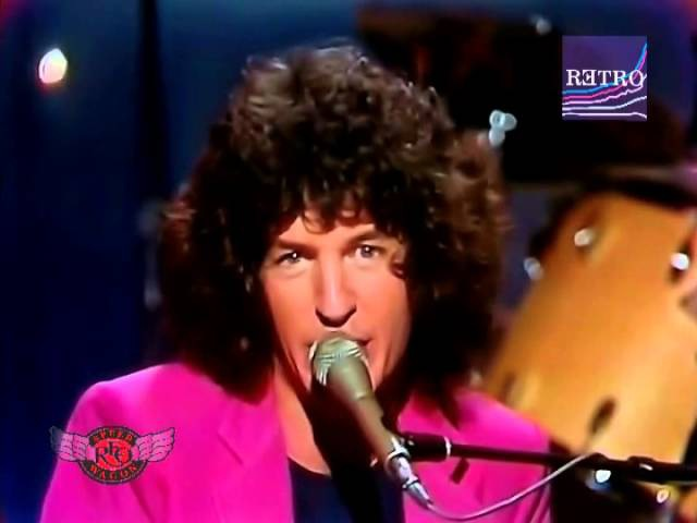 REO Speedwagon - Keep on lovin' you (video/audio edited remastered) HQ