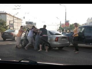 Убойные  драки на дорогах. секс. Авто. Порно За рулем. ебля Тачки. Авторазборки.