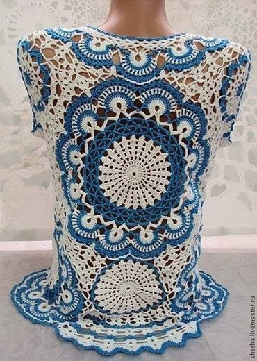 Красивая блузка и салфетка одним узором....