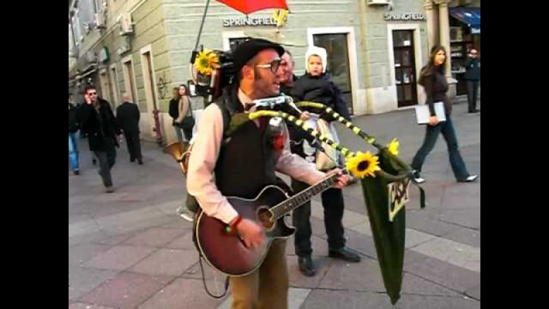 Amazing One-Man-Band Street Performer in Croatia (Cigo Man Band)