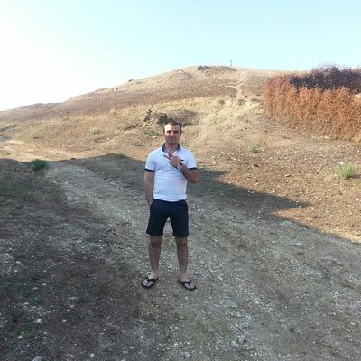 Арслан Надыров