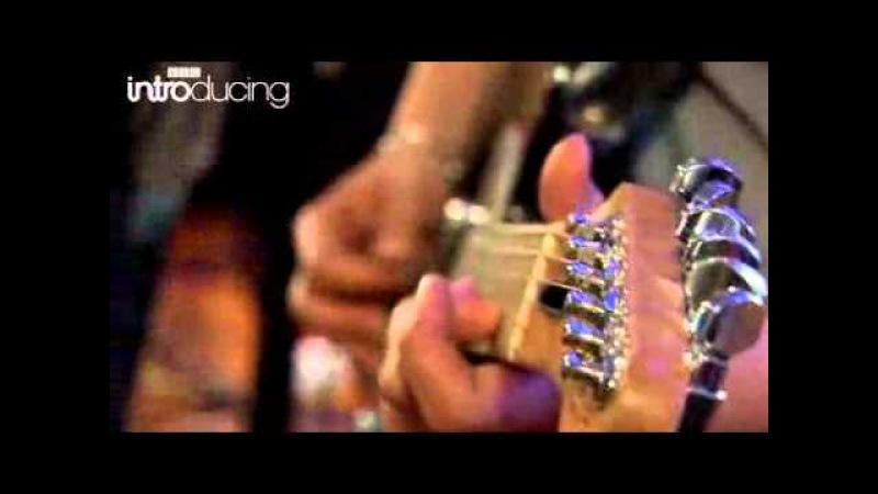 The Temper Trap - Science Of Fear (Live at BBC)