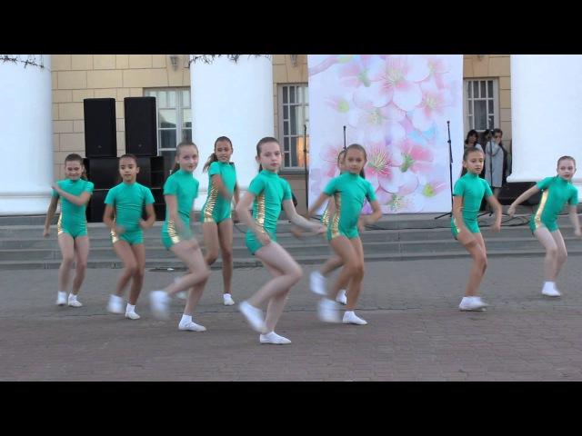 Деффчонки из Шебекино Жгут!