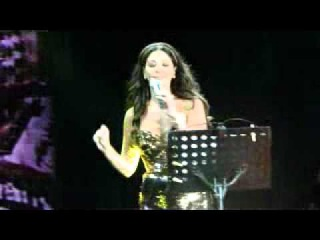 Li beirut(Fairouz cover) Elissa at Beirut Souks
