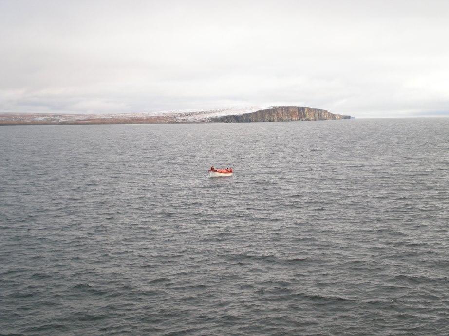 остров Столбовой