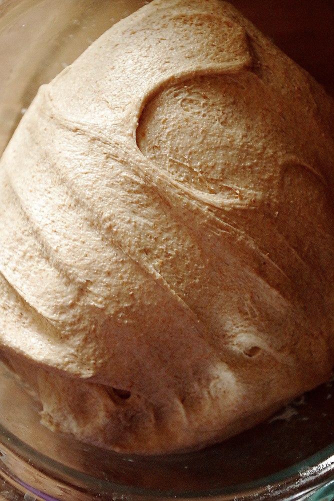 Цельнозерновое тесто, замес в комбайне, нюансы расстойки и выпечки