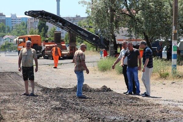 6IxNhcys1M0 В Белгород-Днестровском стартовал ремонт дорог магистральных улиц