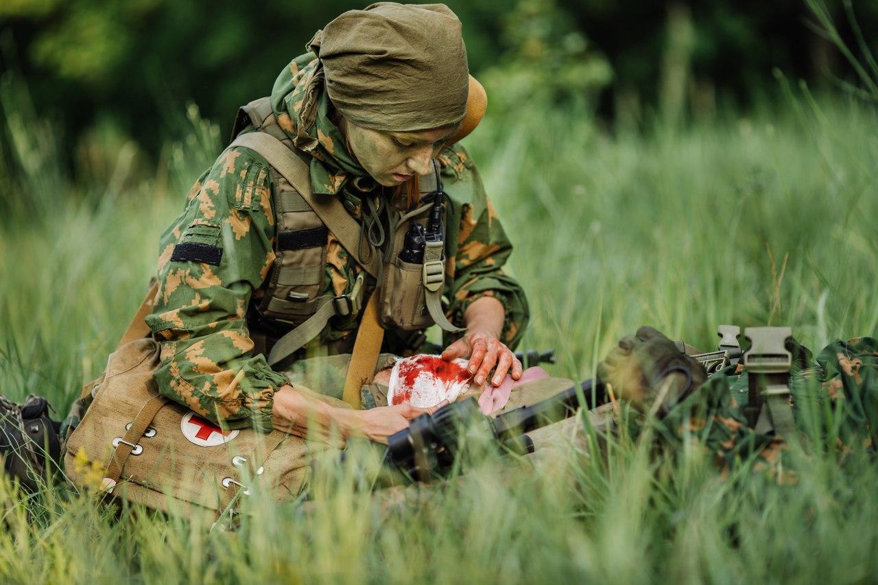 Картинки военный медик, сотруднику юристу открытки
