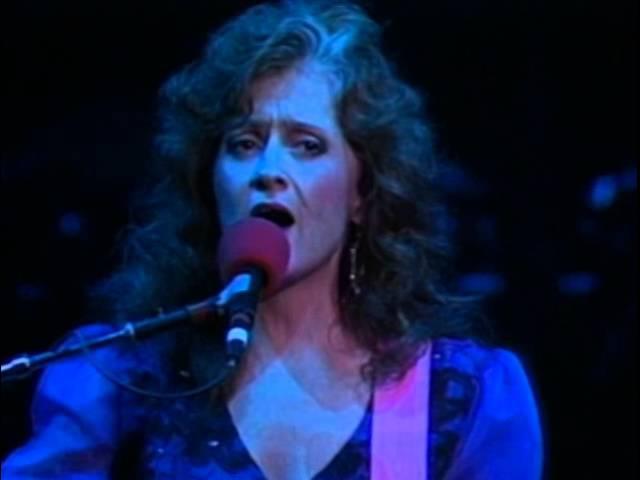 Bonnie Raitt - Full Concert - 12/31/89 - Oakland Coliseum Arena (OFFICIAL)