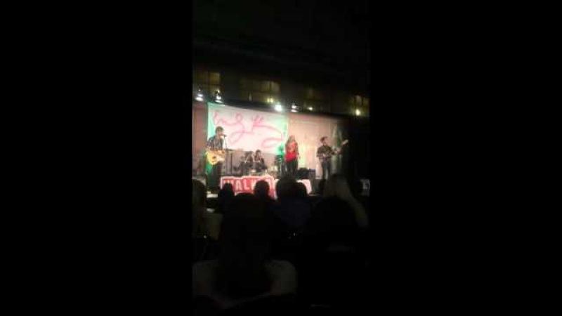 Emily Kinney Concert Chicago 2015