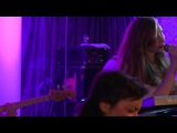 New Young Pony Club - Ice Cream live