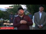 Рамзан Кадыров посетил мемориальное кладбище, на котором покоятся мюриды шейха Кунта-Хаджи Кишиева