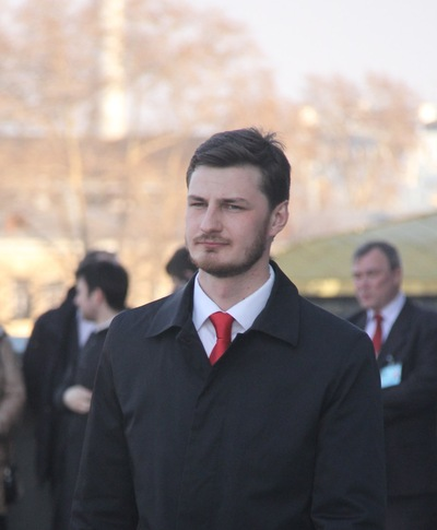 Стас Юхнов