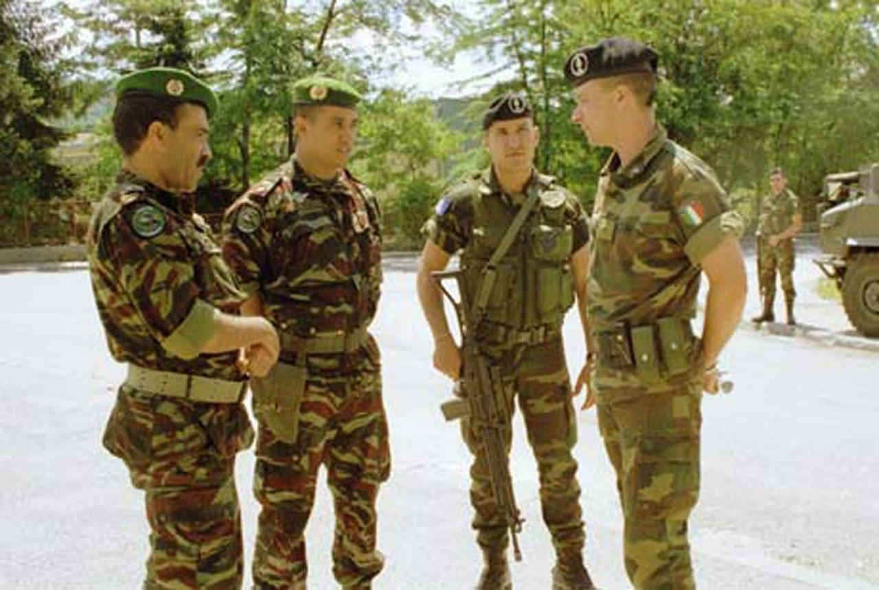 Photos de nos soldats et des Bases Marocaines - Page 2 Sv3pJoKfj7s