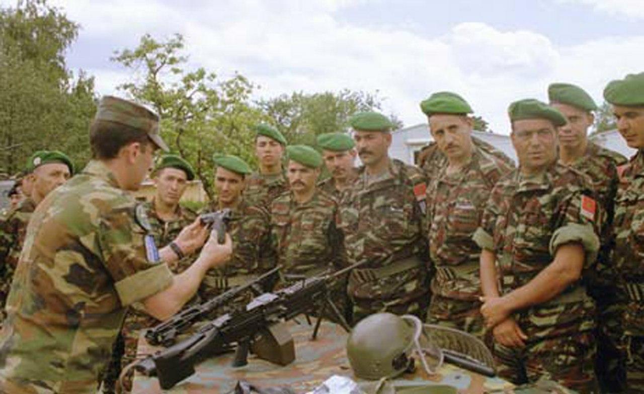 Photos de nos soldats et des Bases Marocaines - Page 2 KCR5drjtm_g