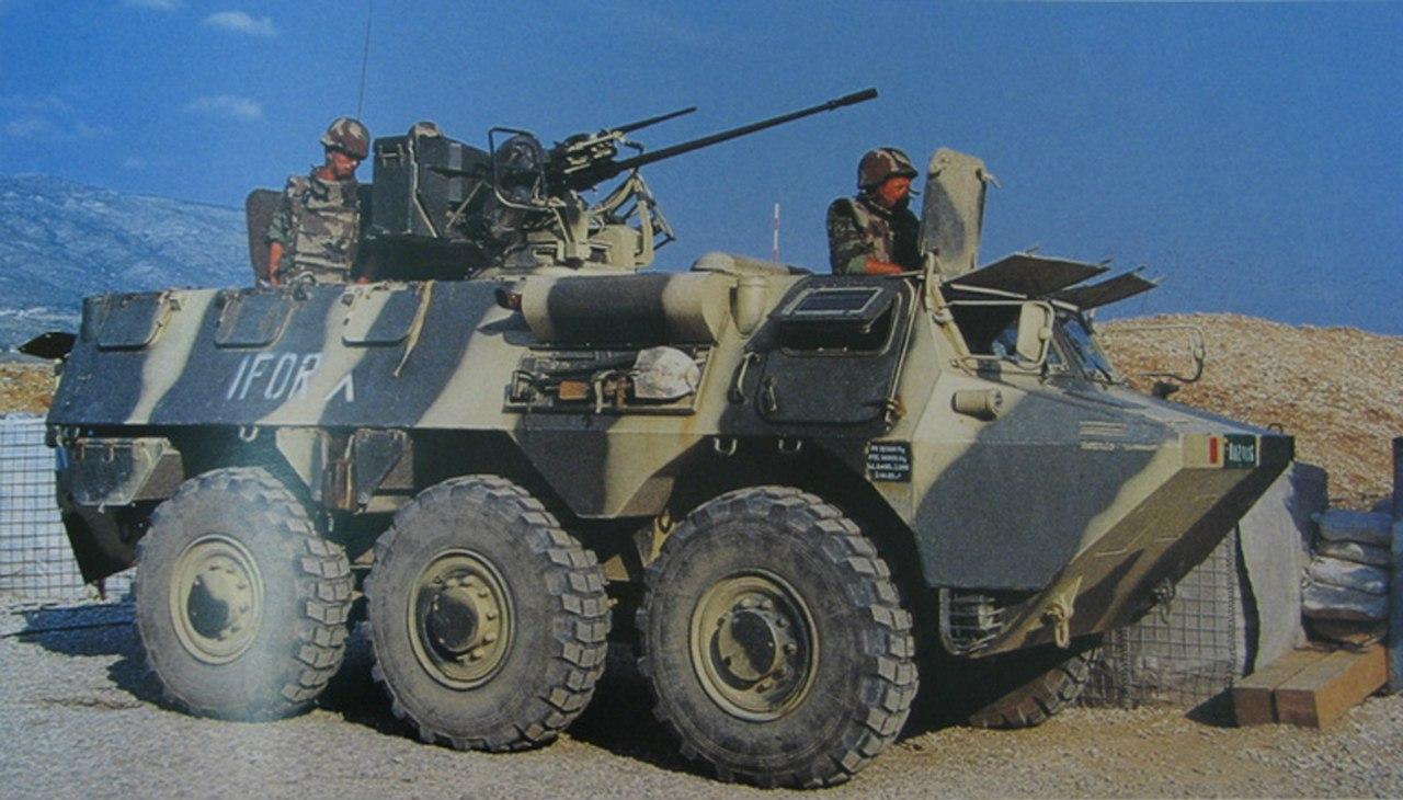 Photos de nos soldats et des Bases Marocaines - Page 2 EGQLtSro4tk