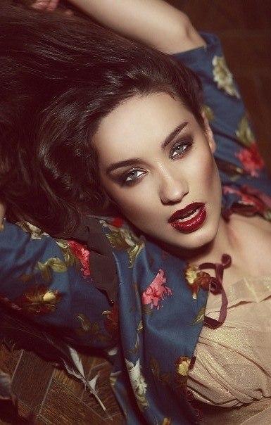 Вика Дайнеко, певица, актриса