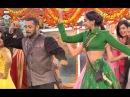 Bigg Boss 9 - Salman Khan And Sonam Kapoor Performance
