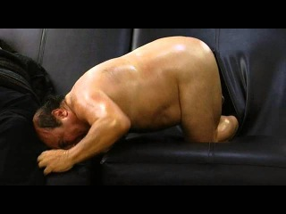 It's Always Sunny in Philadelphia - Frank crawling out of a couch, NAKED!