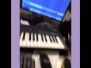 """천재노창 on Instagram: """"네네치킨 광고음악할때 프리스타일로 보냇다가 당연히 광고주분께 까엿음 허우적 허우적 (추가내용:이 곡 인기많은거같은데 다른 치킨업체 광고주분들 연락주세요🐔)"""""""