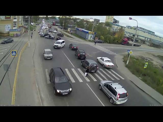 ДТП в Серпухове. Неудачный поворот... 01 октября 2015г.