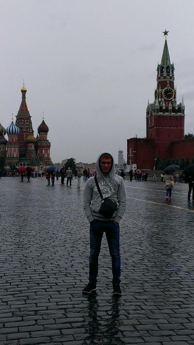 Паша Колесников