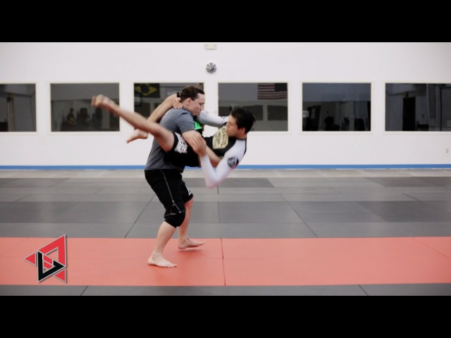 The Flying Triangle with Brian T-City Ortega!