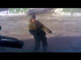 Солдат танцует под gangnam style