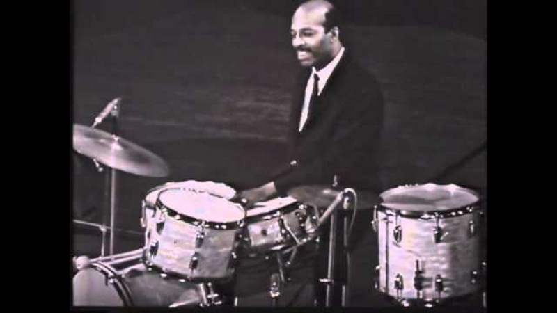 Jo Jones, Caravan, 1964 - classic drum solo (HQ)