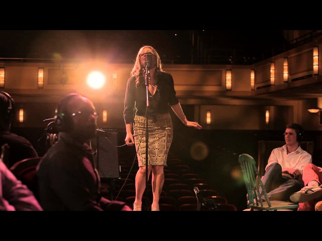 Snarky Puppy feat Lucy Woodward Too Hot To Last Family Dinner Volume One